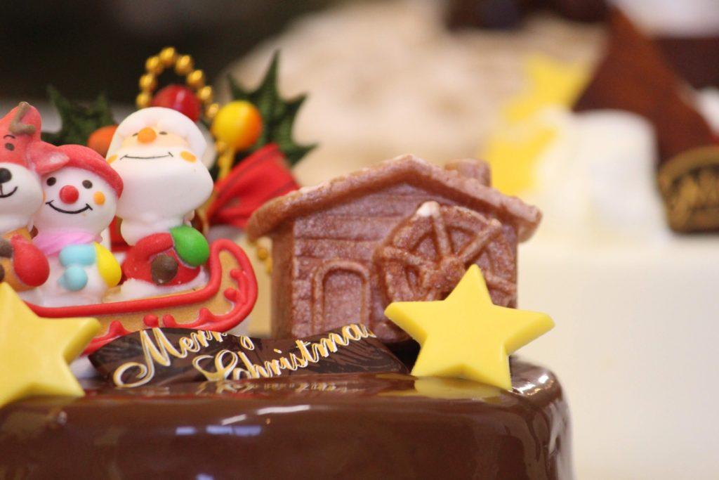 クリスマスケーキの売れ残り
